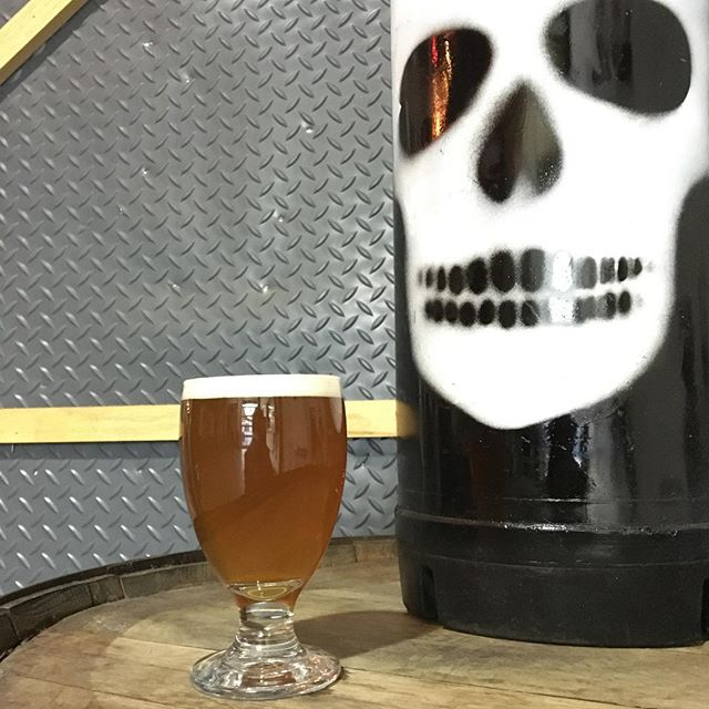 Yes! The @big_boss_taproom is open today and we are tapping a small batch brew: Phantom Spaceman IPA! This interstellar small batch IPA was hopped exclusively with Crosby Hop Farm's Cosmic Blend, a proprietary blend of more than 10 American hops including Amarillo, Calypso, Cascade, Centennial, Chinook, Columbus and El Dorado. #ncbeer #pilotsystem #ipa